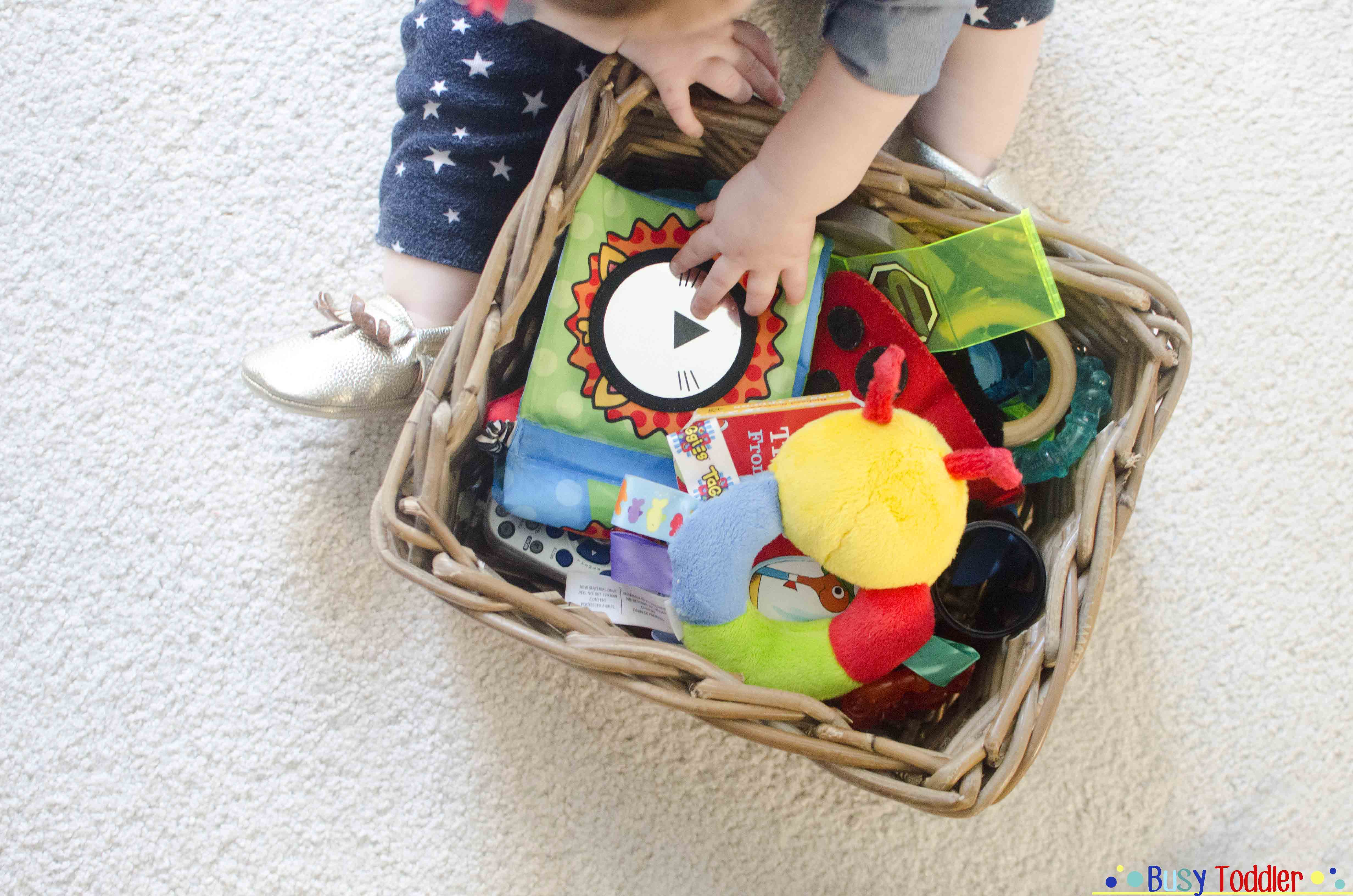Busy Box: an easy way to entertain a baby