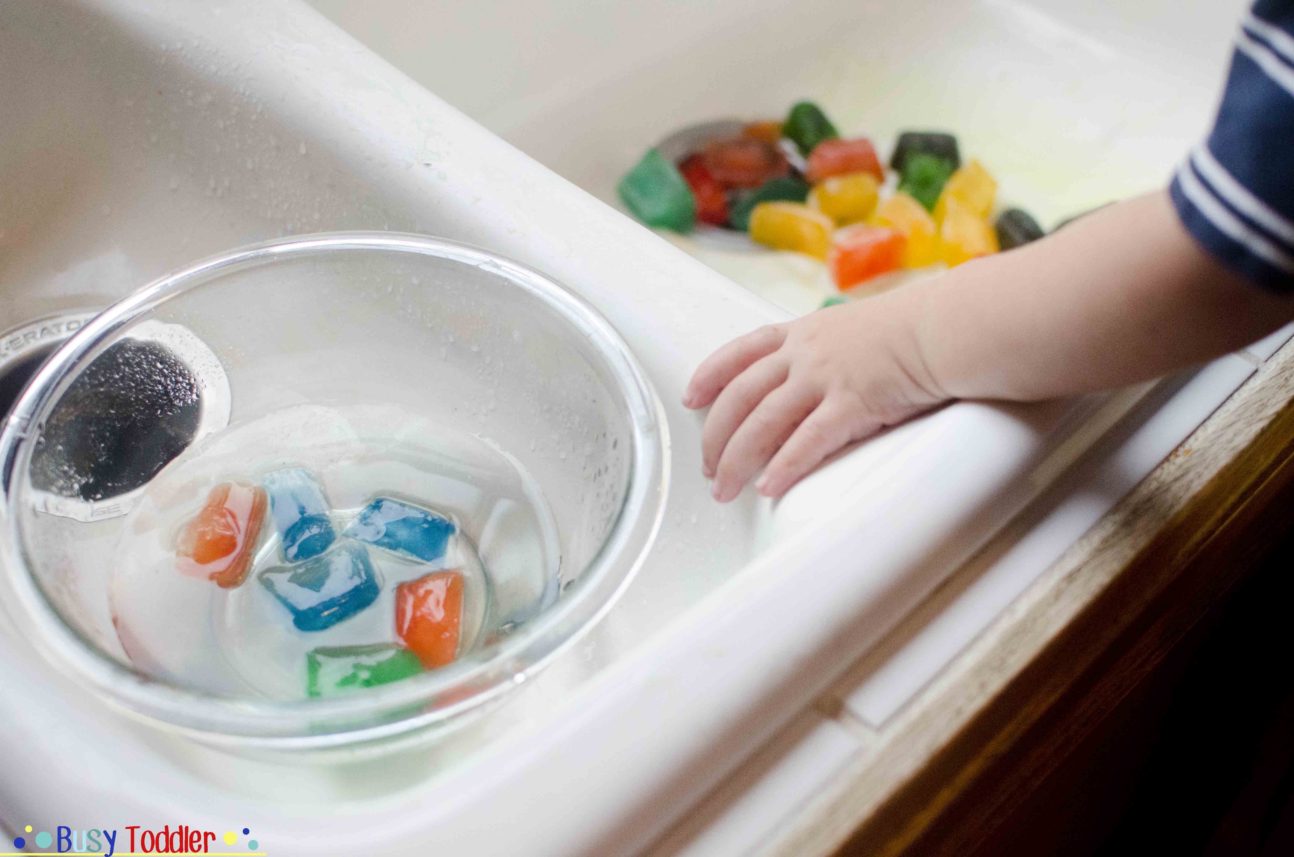 Colored Ice: a cheap and easy toddler activity