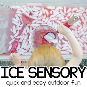 ICE SENSORY BIN ACTIVITY: A quick and easy summer activity for toddlers; a fun toddler activity for summer vacation; an outdoor sensory activity from Busy Toddler