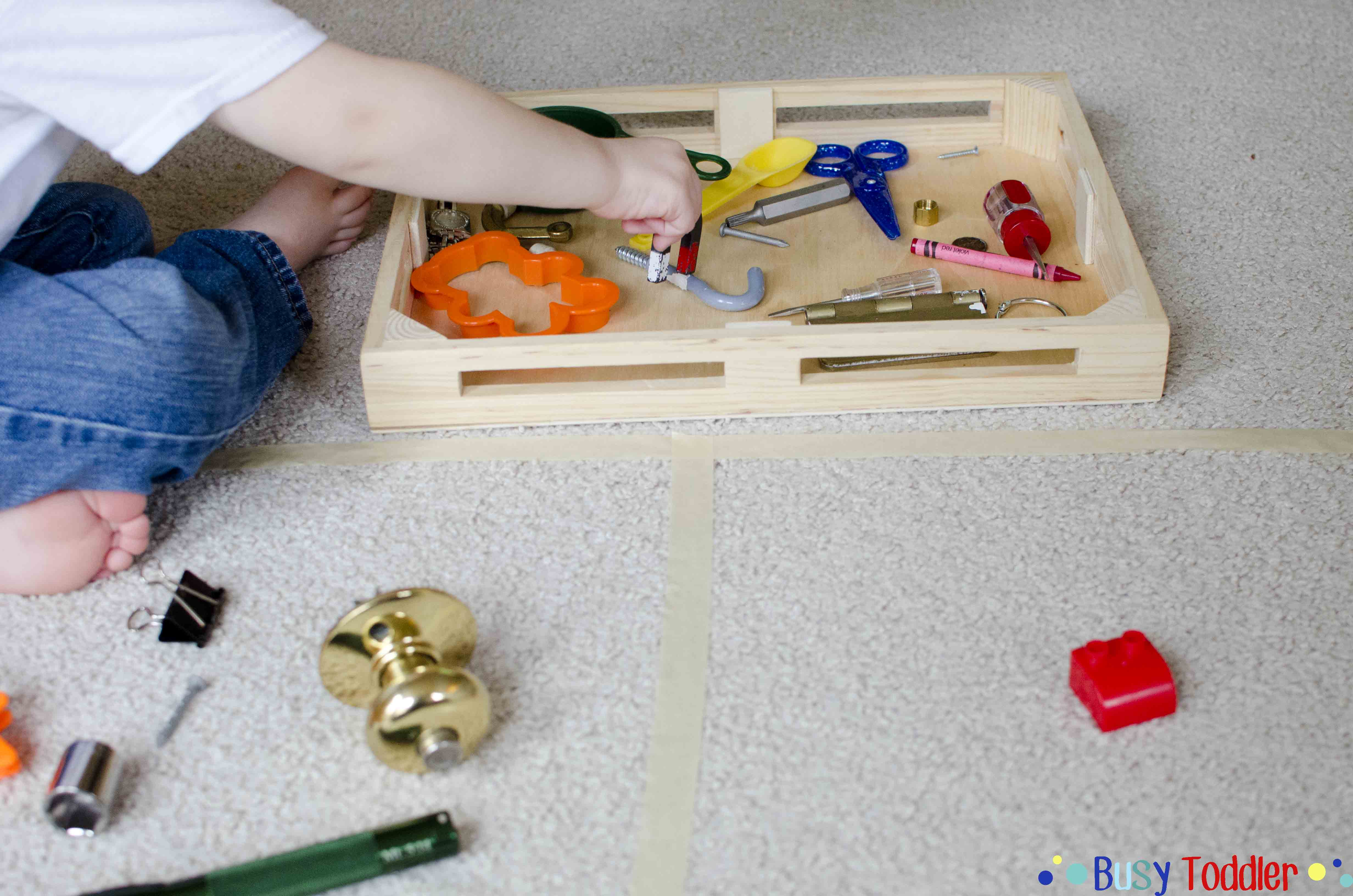 MAGNET SORT: A fun toddler STEM activity
