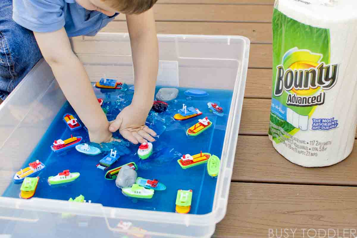 Messy Boats: a sticky, yummy toddler activity; easy sensory activity; fun summer activity for toddlers