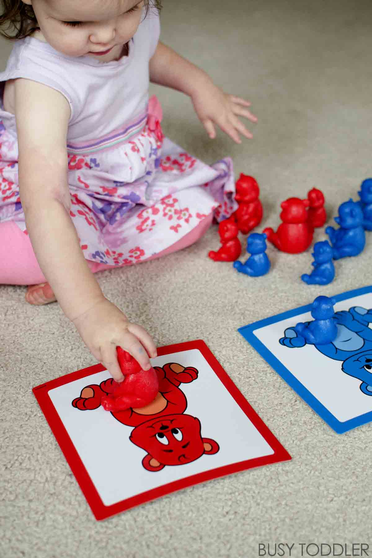 SORTING FUN: Activity ideas for sorting with young toddlers; three great ideas for introducing sorting
