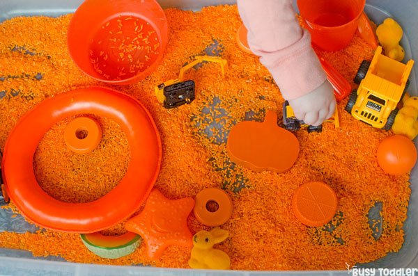 FAVORITE COLOR SENSORY BIN Whats Your Toddlers Favorite Color Explore Learning Names With