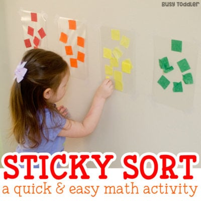 EASY SORTING ACTIVITY: Check out this awesome easy math activity for toddlers! Toddlers will love this fun color sorting activity - a great fine motor skills activity from Busy Toddler