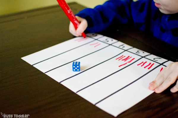 ROLL & TALLY: An easy dice math activity that preschoolers will love; an easy math activity for preschoolers; tally math; math activity; easy indoor activity; kids math activity; kindergarten math activity; dice activity from Busy Toddler
