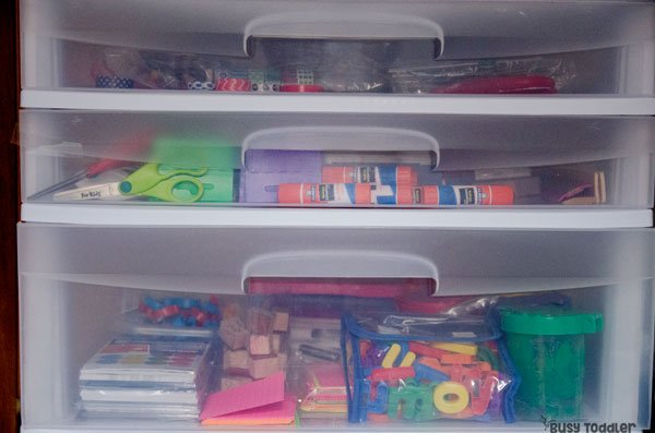 ACTIVITY SUPPLIES: What are the toddler activity supplies that you need to own? Check out this post to see what Susie from Busy Toddler keeps for her kids; preschool activity supplies; taby activity supplies