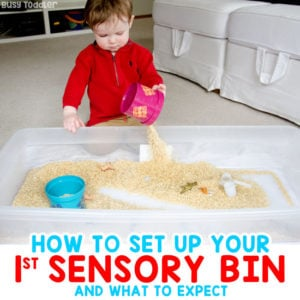 HOW TO MAKE YOUR FIRST SENSORY BIN: Ideas for making a taby sensory bin; baby's first sensory bin; sensory activities; easy activities for tabies; taby activities from Busy Toddler