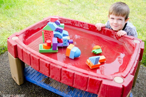 WATER TOYS: Check out these amazing water toys (ad). Lakeshore Learning has some amazing outdoor toys for summer; summer toys; backyard toys; toys for toddlers; toys for preschoolers from Busy Toddler