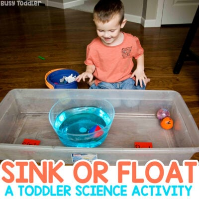 SINK OR FLOAT: A quick and easy toddler science activity. This is a class toddler experiment that's fun for inside and outdoor learning. A fun learning activity for toddlers from Busy Toddler