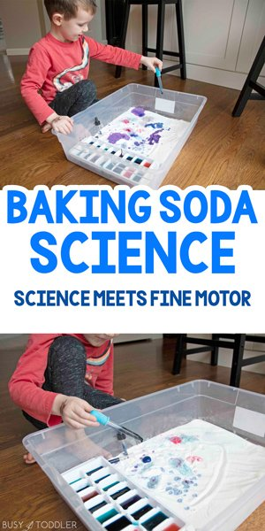 BAKING SODA SCIENCE ACTIVITY - A fun and easy preschool and toddler science activity that is so easy to set up. This open science experiment allows children to mix colors as well as explore science. A science and fine motor skills indoor activity that is perfect on a rainy day by Busy Toddler